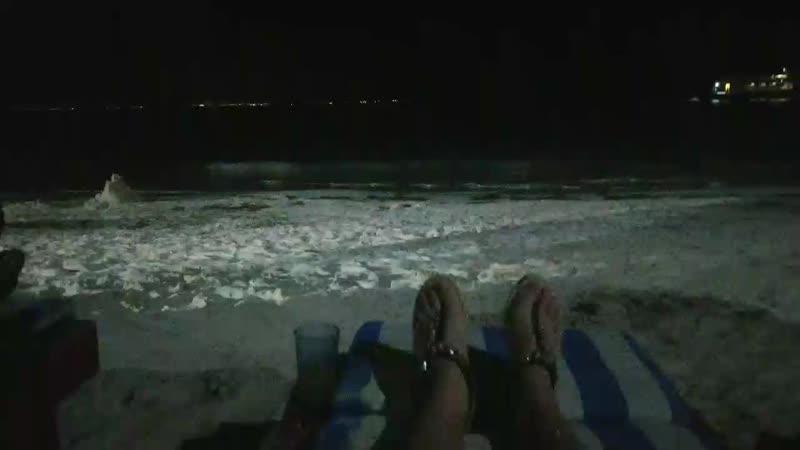 Ночь, мы и корабли - светлячки 😊