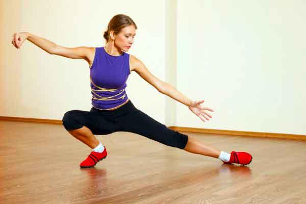 Гимнастика тай чи для начинающих. Любой может заниматься тай-чи, если вы выберете более мягкую форму, когда вам это нужно.