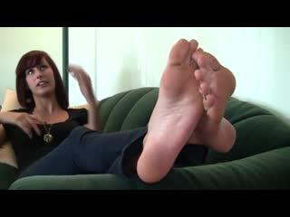 Erin feet