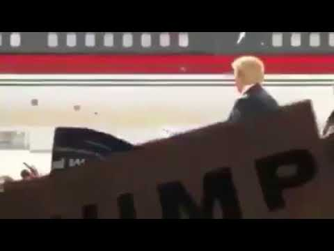Trump Scared when someone shouted Allahu Akbar from the crowd