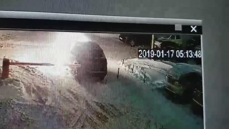 Поджог машины на ул. 40 лет Победы в Ижевске