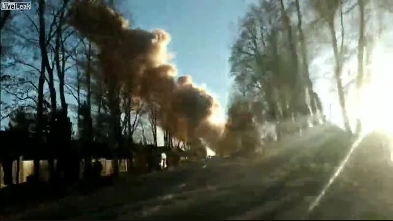 CRAZY NEWS NOW ( mass-media video) 📹 - VIDEOS Massive explosion at Russian Fireworks factory near St Petersburg