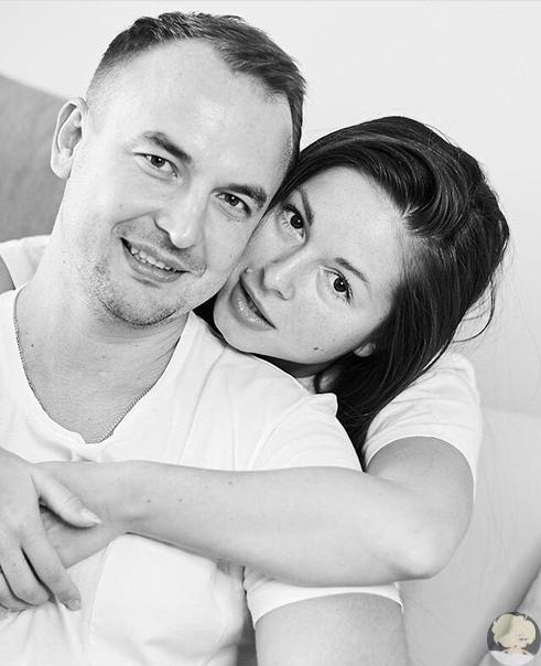 Нюша трогательно поздравила своего супруга Игоря с днём рождения