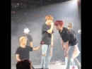 Jikook having a gay pause and Jimin holding onto Jungkook's pants to stand up everybody say THANK YOU JIKOOK