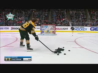 David Pastrnak rips through targets for Accuracy Shooting | January 25, 2019