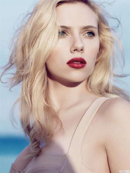 Самые красивые актрисы Голливуда Привлекательных женщин на свете немало, однако в почетный рейтинг «Самые красивые актрисы Голливуда» попадают лишь избранные. Посмотрим, кто из юных звездочек и