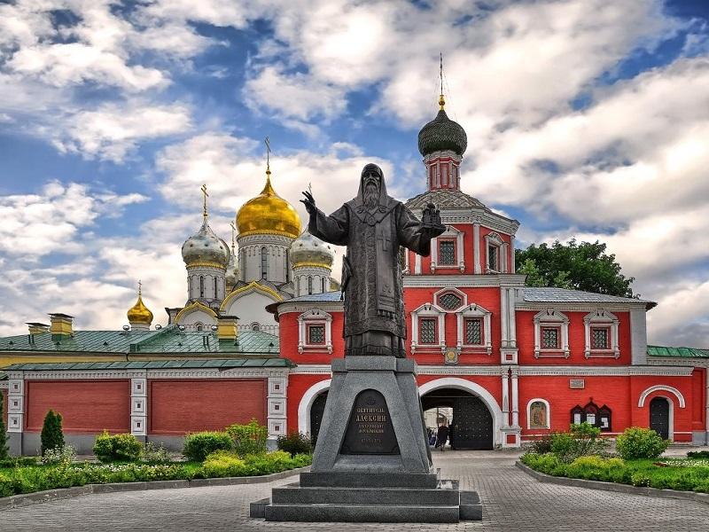 Зачатьевский монастырь. Подождите загрузки картинки!