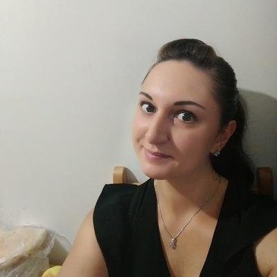 Алинка Юнусова