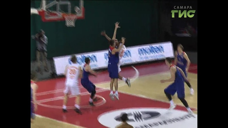 Баскетболисты Самары уверенно обыграли армейцев