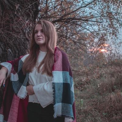 Маша Солодкова