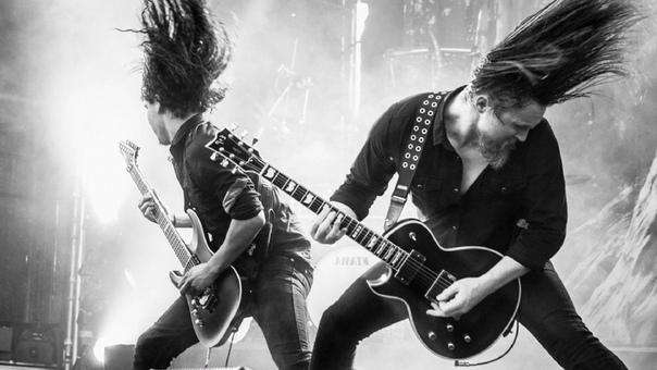 Разница между роком и металлом Слушая музыку, мы иногда задаемся вопросом: к какому жанру относится та или иная песня Сегодня музыкальных направлений существует великое множество. Что такое, к