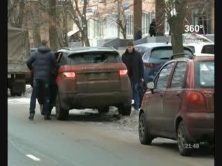 Автовладельцев призывают не мешать убирать улицы Ярославля от снега