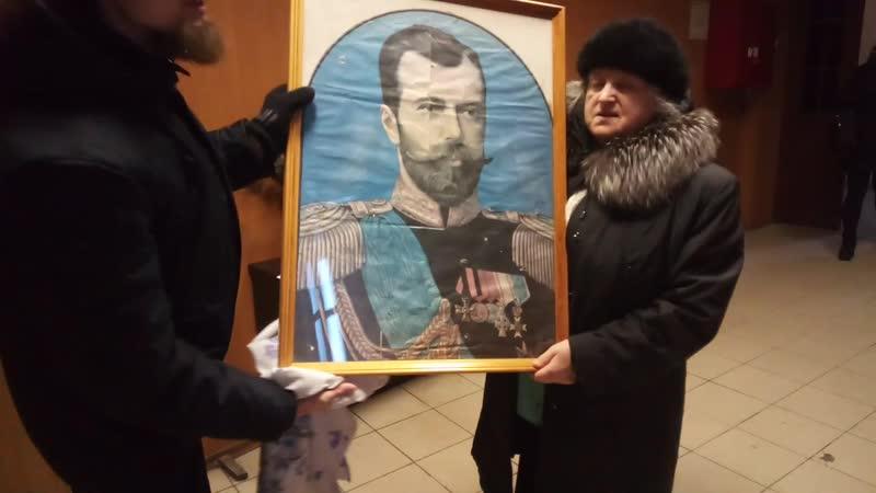 Матушка Екатерина рассказывает о портрете Николая II