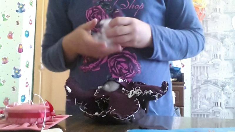 Я шью дракона Беззубика с помощью ткани. (конец)