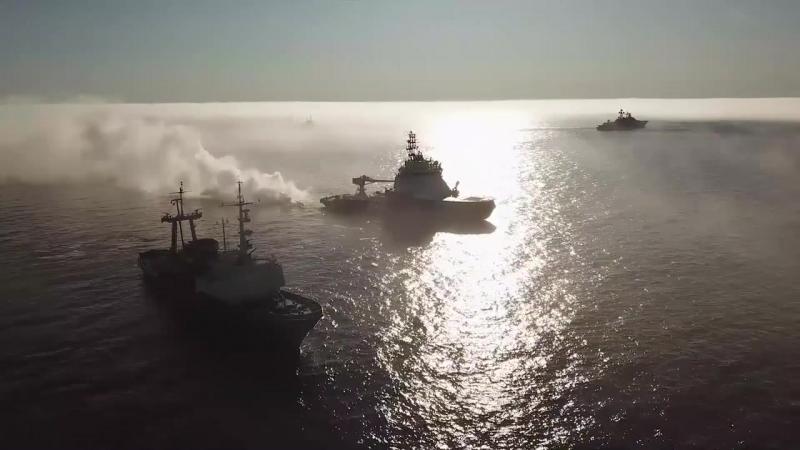Поисково-спасательное учение кораблей Северного флота в рамках маневров Восток-2018.