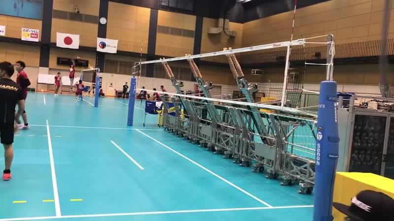 Технический прогресс в волейболе. Японцы и тут преуспевают.