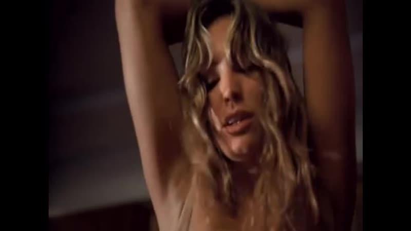 что аутсайдер, секс сцены из фильма небоскреб женщина
