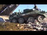 Погрузка техники морской пехоты ТОФ на большие десантные корабли в рамках маневров Восток-2018