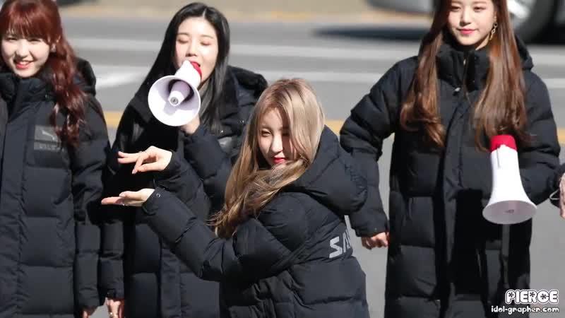 181103 Chaeyeon (IZ*ONE) @ Фан-митинг перед Music Core