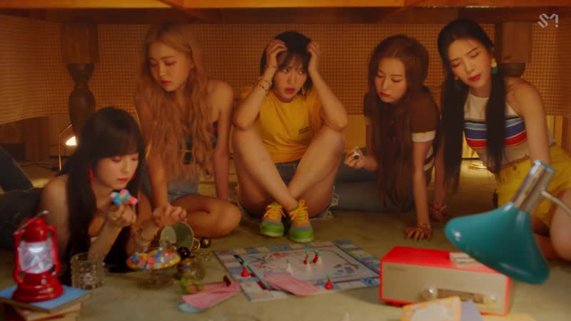 Red Velvet 레드벨벳 음파음파 (Umpah Umpah) MV