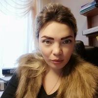 Юля Назарова