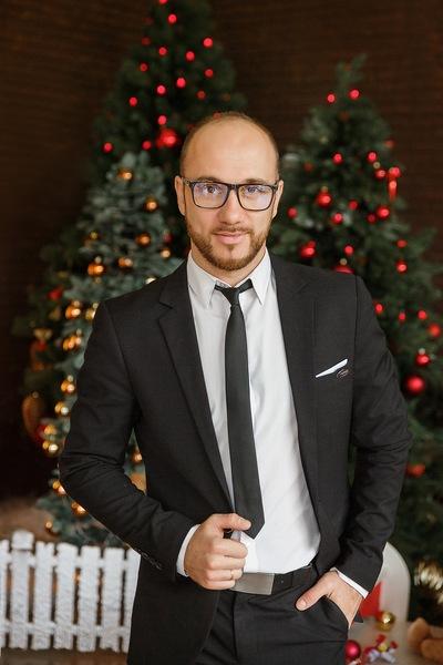 Илья Урлис
