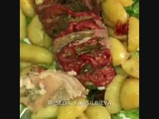 Вкуснеешее мясо с картошкой в рукаве, приготовленное в духовке - Личный повар