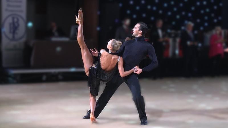 Pavel Zvychaynyy Oxana Lebedew (GER) - Star Ball 2019 - Professional Latin | QF Rumba