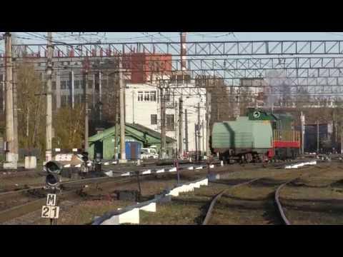 Тепловоз ЧМЭ3-5319 с вагоном
