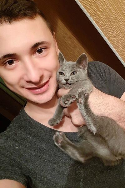 Азиз Гусейнов