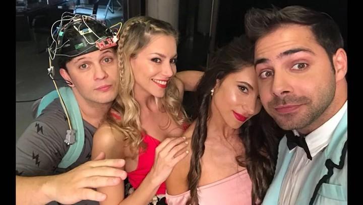 """Inés Palombo on Instagram: """"POLIAMOR Vos qué pensás? (Te juntas un rato con amigos y sale esto, ojalá les guste) @lopymanok Si querés ver más andá..."""