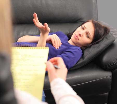 Терапия может быть полезна тем, кто страдает от злоупотребления наркотиками или алкоголем. Терапия наркоманий ➤