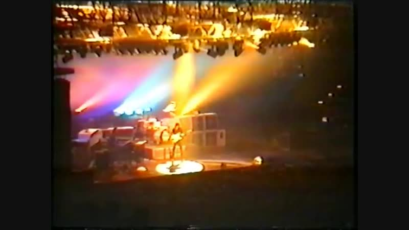01. DEEP PURPLE - live in Germany at The Grugahalle (Essen) Live in Essen: The battle rages on (part 1) (04.10.93)