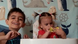 Chupa chups eggs surprise, Eva's 1st video, Evayi arajin videon