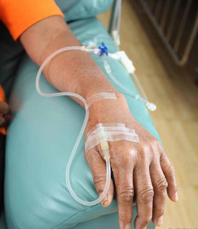 Рак грудины может потребовать лечения химиотерапией.