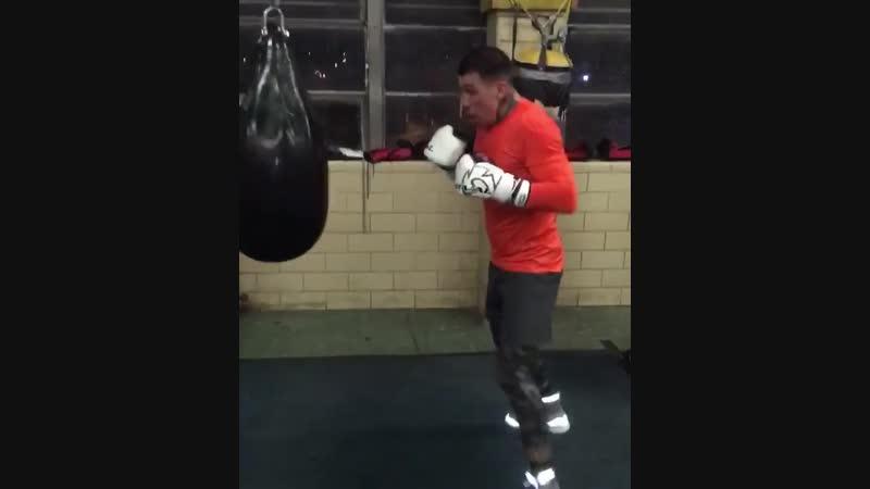 Габриэль Росадо готовится к бою с Мацеем Сулецки
