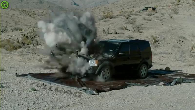 Уничтожаем тачку выстрелом из танка в замедленном режиме