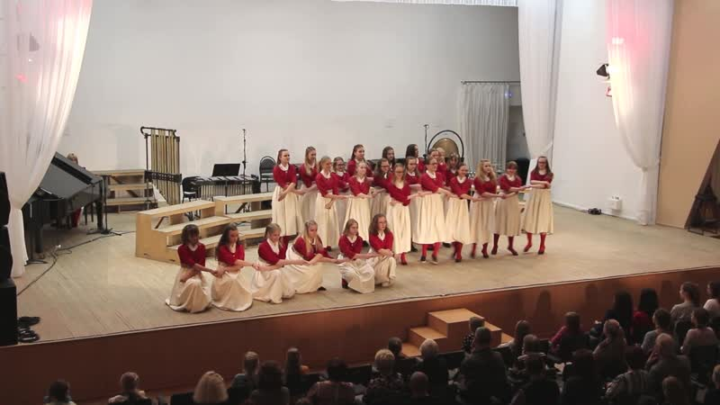Estonian folk dance KOOREKE