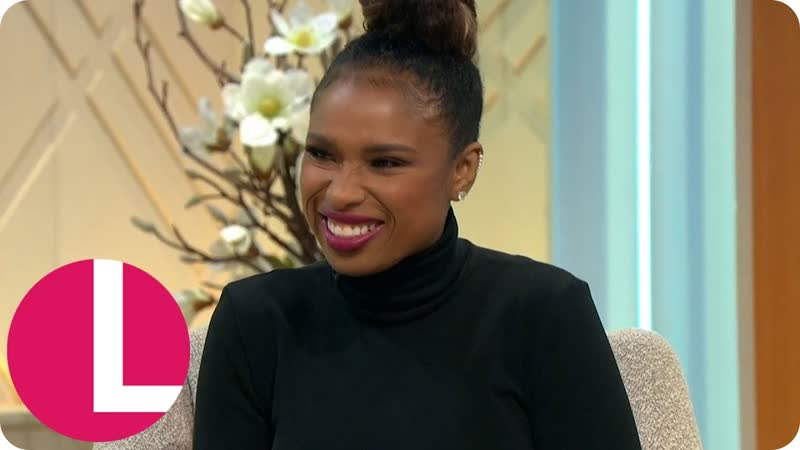 Lorraine The Voices Jennifer Hudson Says Throwing Her Shoe Is a Compliment