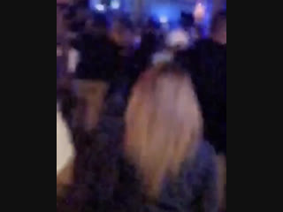 Fan taken video of justin and hailey baldwin at halloween horror nights - universal studios in orlando, florida (october 28)