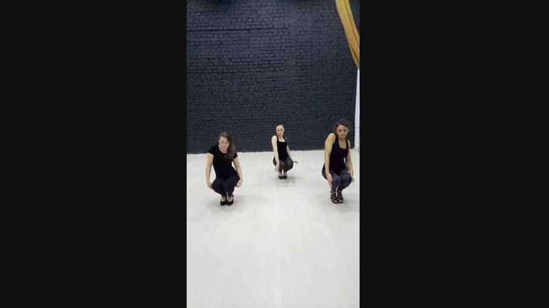 High heels в pole dance studio Cats