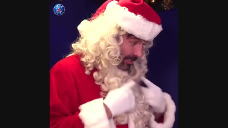 Буффон -- Санта Клаус