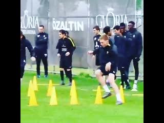 Футбольные упражнения на скорость, координацию и ловкость от ФК Кайрат
