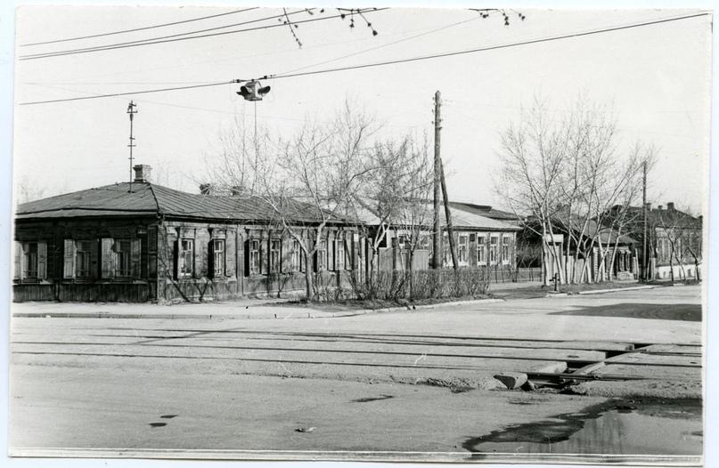 1970 год. Улица Советская, 22-18 (слева направо). Фотография из фонда Государственного исторического музея Южного Урала