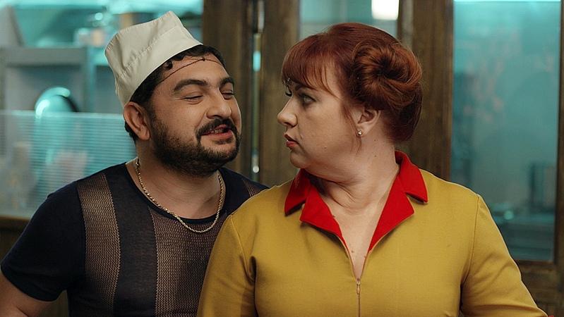 Сериал Две девицы на мели 1 сезон 13 серия