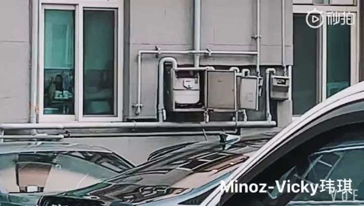 "MINOZ_ROLYN on Instagram ""MORNING UPDATE최신 정보😘 April 22, 2019 @actorleeminho Arrived at work toda"