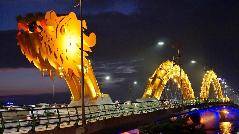 Мост Дракона в Дананге Вьетнам Dragon Bridge