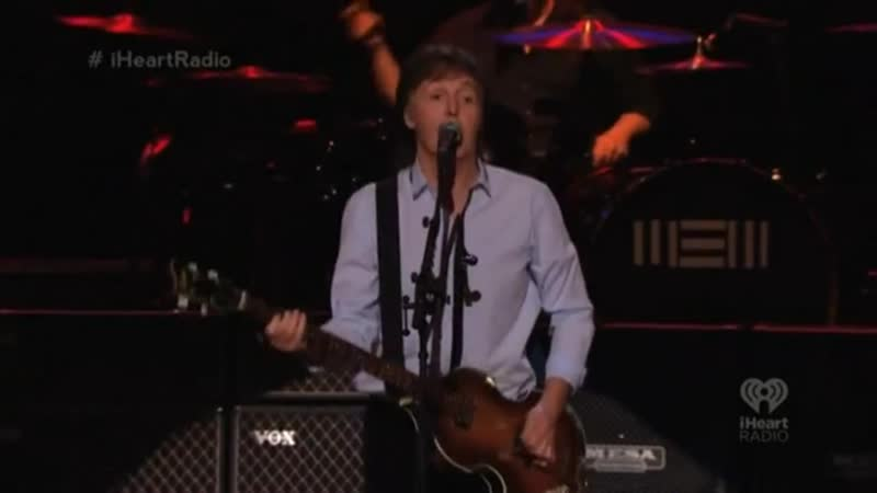 Paul McCartney – Back In The USSR (1617) Live at Frank Sinatra School Of The Arts (09.009.2013)
