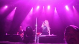 Avril Lavigne - Rock N Roll (Live @ Kiss 92.5 WHAM BAM 31.08.2013)