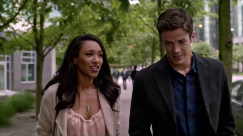 Barry and Iris (3x01 - Flashpoint Part 24)